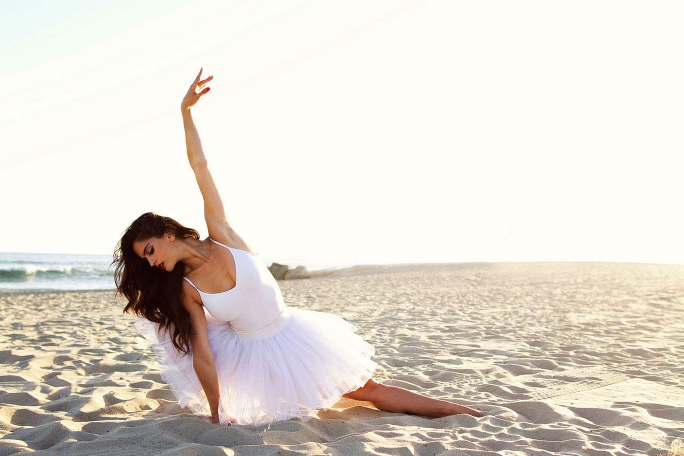 Brand Model And Talent Natalia Barulich Women